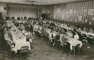 Hillel Awards Banquet, 1957-58 At the head table guests include: Dr. Milton Parker, Rabbi Harry Kaplan, Therese Kaplan, David Forman, Mrs. David Forman (CJHS Archives-Firestone).