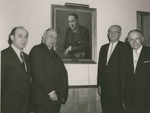 The 1964 Annual Hillel Awards dinner honored the memory of Edwin Schanfarber. Surrounding the painting of Mr. Schanfarber were: Leon Friedman, Hillel Board president; Sidney Kusworn, National B'nai B'rith secretary; Judge William Bryant, Franklin County Court of Appeals; Rabbi Harry Kaplan, Hillel director. (HT 8167-3)