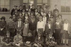 Main Street School, Bexley, 1928, 3rd Grade. Among others are Bob Holsbacher, Howard Samuels, Buddy Brock, Jack Miller, Unk. Young. CJHS 2004-26-01