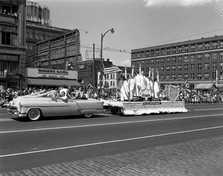 https://columbusjewishhistory.org/wp-content/uploads/2013/03/1953_BB-Parade_COPY1.jpg