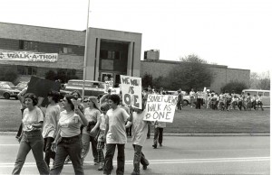 """""""We Walk As One"""", 1977 Junior Division of Columbus Jewish Federation Jewish teen groups walk to raise funds for UJF campaign"""
